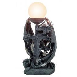 Drago armato con lampada by...