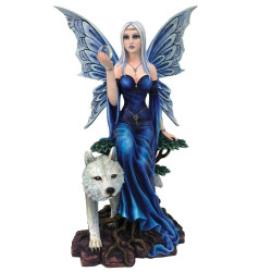 Fata Ice in piede con lupo...